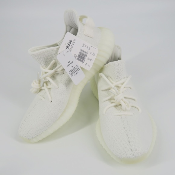designer fashion cf274 36c79 Yeezy Boost 350 V2 'Triple White' NWT